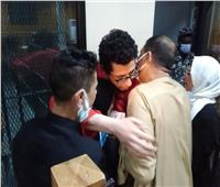 لفتة إنسانية من قاضي محاكمة «خلية عشماوي» لأسرة إرهابي محكوم عليه بالإعدام   صور
