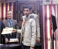 «محمد» مدمن البرمجة يبتكر «أبليكيشن» لتطوير التعليم