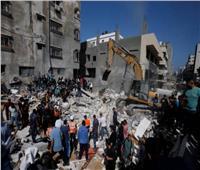 انتشال جثامين 4 شهداء شرق خان يونس.. قضوا نحبهم خلال قصف الاحتلال لـ«غزة»