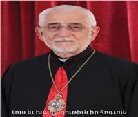 «بطريرك الكاثوليك» يقدم التعازي للكنيسة الأرمنية في وفاة الكاثوليكوس كريكور بيدروس