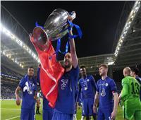 مدافع تشيلسي يشكر مدرب الفريق السابق بعد الفوز بدوري الأبطال