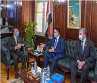 محافظ الإسكندرية يبحث مع سفير كازاخستان توطيد العلاقات بين الجانبين