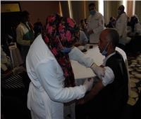 «صحة أسوان» تواصلتطعيم العاملين في المجال السياحي