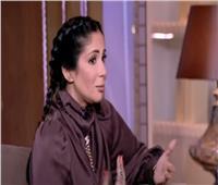 منى زكي: مشهد «الاغتصاب الزوجي» أثار قضية هامة.. وسعيدة بردود الأفعال