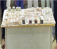 ضبط سائق ومندوب مبيعات و8 عاطلين قاموا بسرقة مليون و٣٥٦ ألف جنيه بالجيزة
