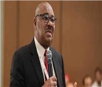 وزير المالية السوداني يشيد بالعلاقات مع سلطنة عمان