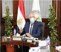 وزير الزراعة يبحث تطورات العمل في شركة تنمية الريف المصري