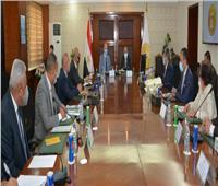 وزير التنمية المحلية ومحافظ القاهرة يتابعان إجراءات تفعيل منظومة المخلفات بـ 18 حيا