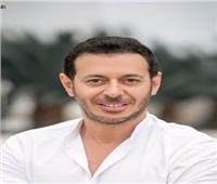 «كوزمو» يُعيد مصطفى شعبان للسينما من جديد