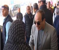 الرئيس السند.. حقق حلم «أم صابر» بائعة الخضار بعد 40 سنة