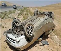 إصابة 5 أشخاص في حادث انقلاب سيارة بالطريق الزراعي بالبحيرة