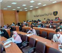 رئيس جامعة مطروح يتابع سير امتحانات الفصل الدراسي الثاني