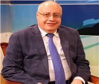 ضبط راكب حاول تهريب 41 فص ألماس بمطار القاهرة