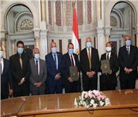 وزير الزراعة يشهد توقيع بروتوكول تعاون بين «بحوث الصحراء» و«الريف المصري»