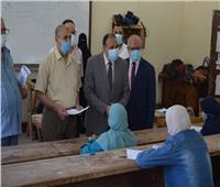 نائب رئيس جامعة الأزهر فرع أسيوط يتابع امتحانات كلية البنات