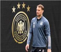 «نوير» يحتفل مع ألمانيا بإنجاز استثنائي
