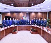وزير البترول لمجلس نقابة العاملين: حريصون على توفير بيئة عمل ملائمة