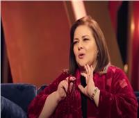 """فيديو  عمرها 25 سنة.. سر """"سبحة"""" دلال عبد العزيز"""