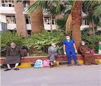 خروج 9 مرضى من الحجر الصحي بكفر الدوار بعد تعافيهم من كورونا | صور