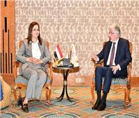 وزيرة التخطيط تلتقي الرئيس التنفيذي للمؤسسة الدولية الإسلامية لبحث تعميق التعاون