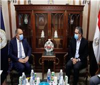 لإقامة معارض سياحية في البلدين.. «العناني» يلتقي سفير المملكة الأردنية