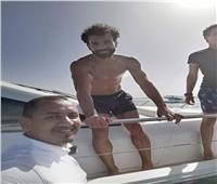 لليوم الثاني.. ننشر كواليس رحلات محمد صلاح البحرية في الجونة