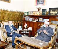 مستشار أبومازن يشيد بجهود مصر لدعم فلسطين