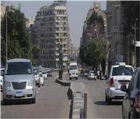 الحالة المرورية  سيولة في حركة السيارات بالطرق الرئيسية
