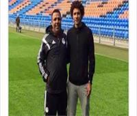 والد محمد النني: «ابني يتمنى الاستمرار مع أرسنال حتى الاعتزال»