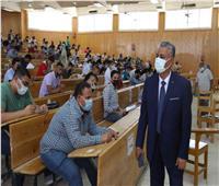 6402 طالب يؤدون الإمتحانات بجامعة جنوب الوادى