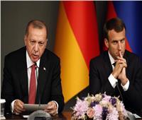 ماكرون: أردوغان أكد رغبته في سحب المرتزقة من ليبيا بأقرب وقت