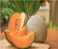 «تبرد حرارة الجسم».. فوائد سحرية لفاكهة «الشمام»