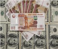 بورصة موسكو: ارتفاع الروبل الروسي أمام الدولار