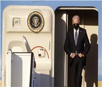 عقب جولته الأوروبية.. بايدن يصل جنيف لعقد قمة مرتقبة مع بوتين