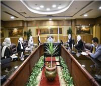 محافظ الغربية يناقش الموقف التنفيذي مع مسئولي حياة كريمة