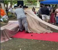 فيديو  عروس تتعرض لموقف محرج في يوم زفافها