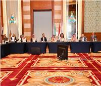 وزيرة التخطيط تعقد اجتماعاً مع وزير التجارة السعودي