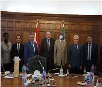 «غرفة الإسكندرية» تستقبل سفير كينيا لبحث سبل التعاون المشترك