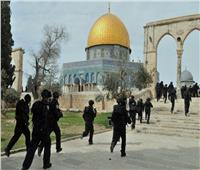 الاحتلال الإسرائيلي يقتحم «المسجد الأقصى» ويطلق الرصاص صوب المصلين