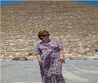 نائبة وزير الثقافة الروسي تزور الأهرامات وتبدي إعجابها بالحضارة المصرية