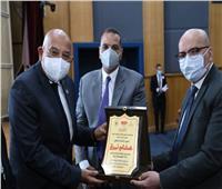 جامعة عين شمس تحتفل بتخرج أول دفعة في البرنامج التدريبي للتخاطب