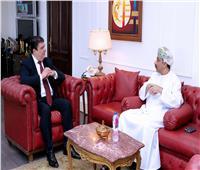 حسين زين يلتقى سفير سلطنة عمان بالقاهرة
