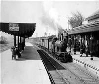 في الخمسينيات.. مضغ القصب في القطارات يعرضك للغرامة