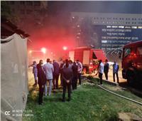 إخماد حريق 6 سيارات وأوتوبيس بوزارة الزراعة | صور