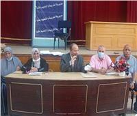 مدير تعليم قنا يشرف على لجنة تلقي التظلمات لنتيجة الشهادة الإعدادية