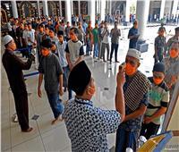 بسبب إخفاء إصابته بكورونا.. السجن 4 سنوات لداعية إندونيسي