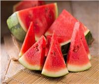 إخصائي تغذية: البطيخ يزيد الوزن في هذه الحالة