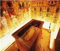 حواس: نقوم بالحفر علي الآثار منذ سنوات ولم تخرج مقابر ذهبية كاملة