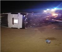 إصابة 10 أشخاص في حادث انقلاب ميكروباص بطريق «السويس - الإسماعيلية»