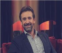 مسابقة كريم عبدالعزيز لجمهوره لحضور «البعض لا يذهب للمأذون مرتين»